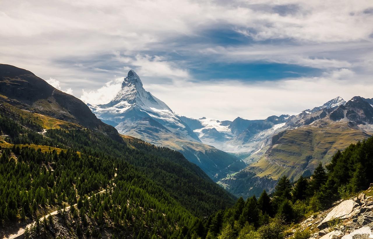 Matterhorn Switzerland.jpg