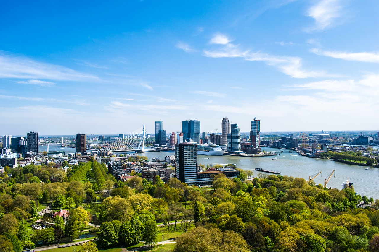 rotterdam, the netherlands, insiders guide of rotterdam, tips, travel guide, city guide, view from the euromast in Rotterdam with skyline and erasmusbrug