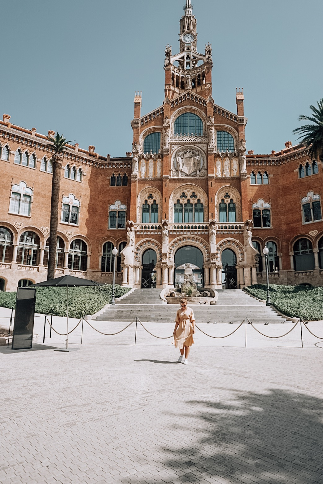 sant pau, old hospital in barcelona, instagram, picture, photography, city