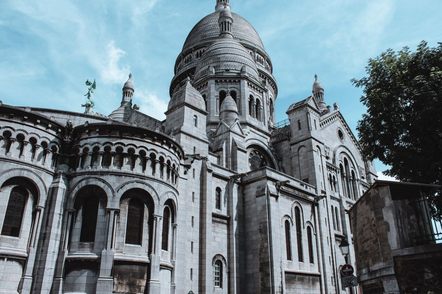 sacre coeur in montmartre, blue sky on a summer day, travel, instagram spots in paris