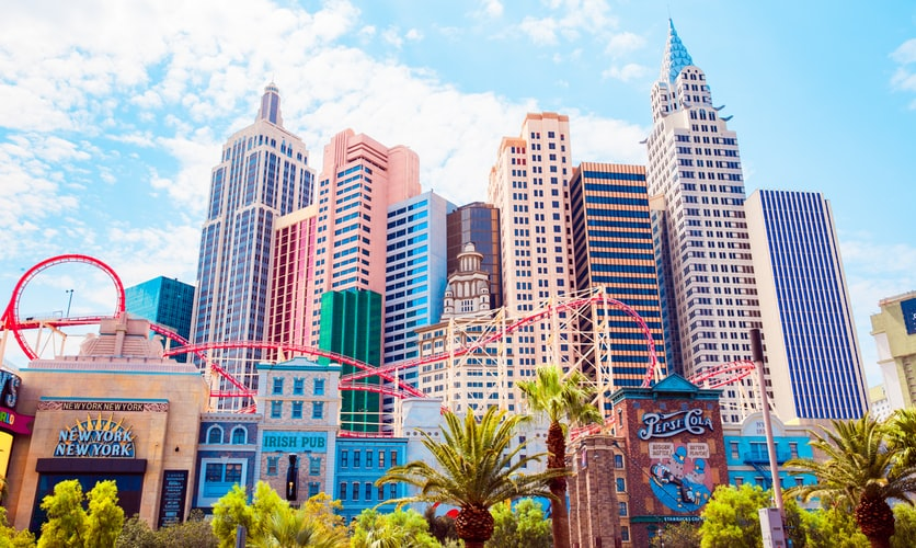 buildings in las vegas in the united states, party in las vegas