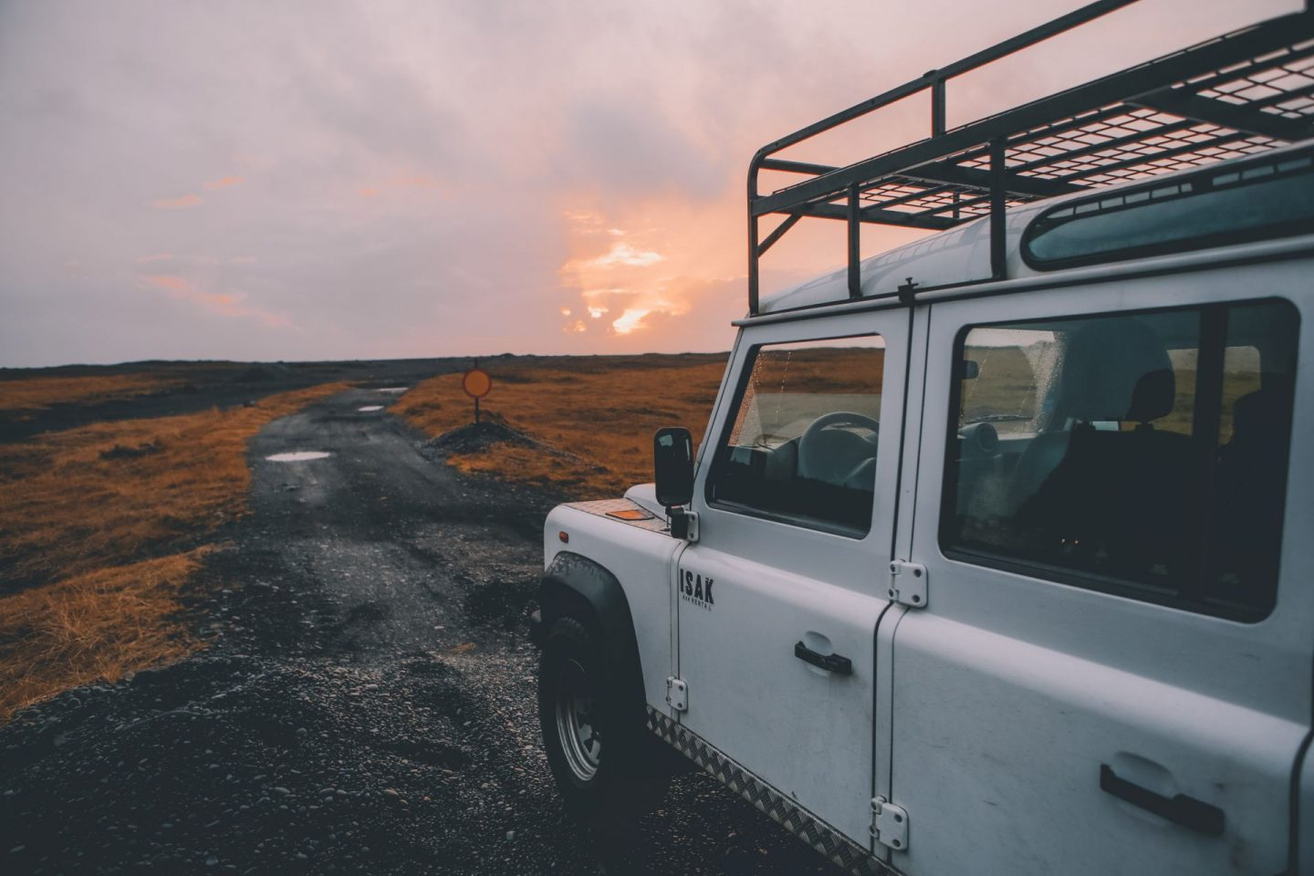 sunset, photography, scenery, travel, wanderlust, white jeep, view over islandic scenery, gorgeous