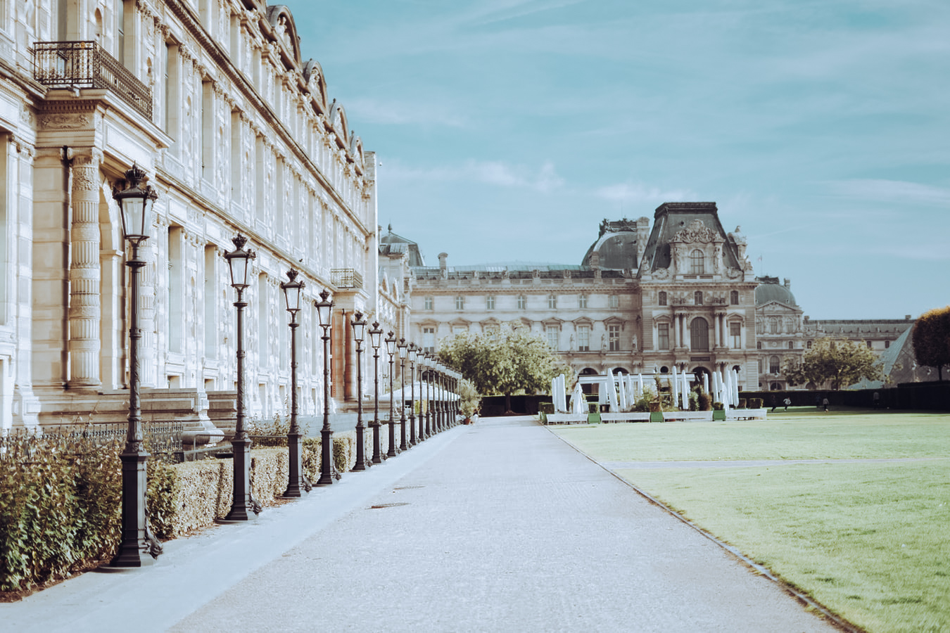 louvre and hotel, hotel in paris, where to stay, museum of art, paris guide to le marais