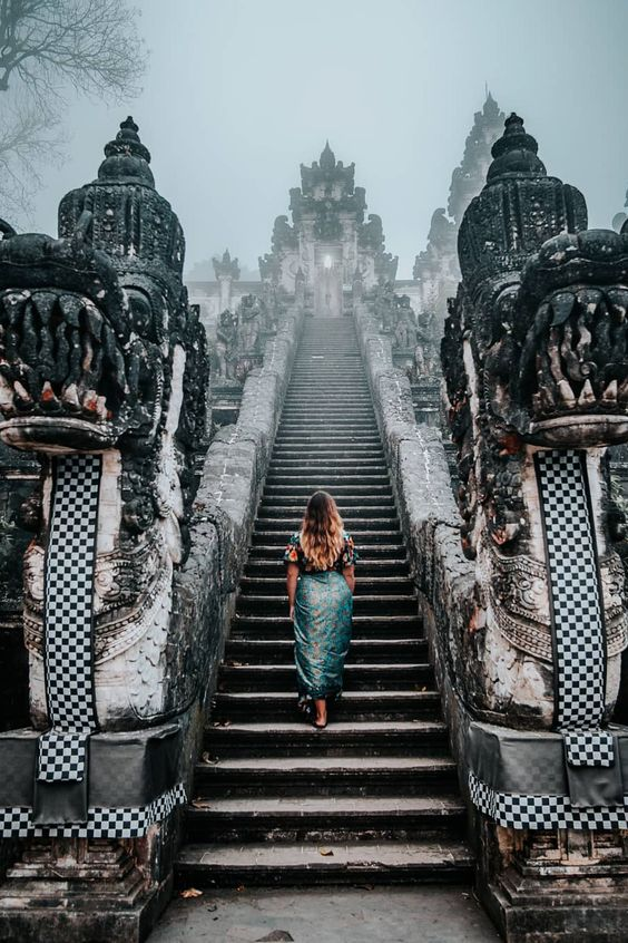 a temple in bali, bali travel photography, travel inspiration