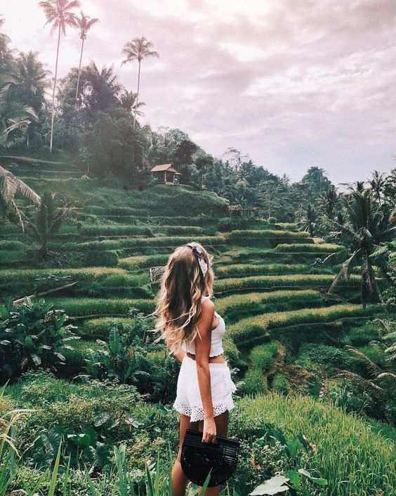 girl in the rice fields in bali, bali travel photography and travel inspiration