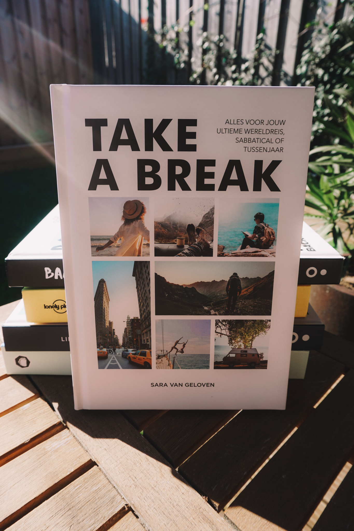 the ultimate travel books to read for travel inspiration, english travel books, dutch travel books, take a break, sara van geloven
