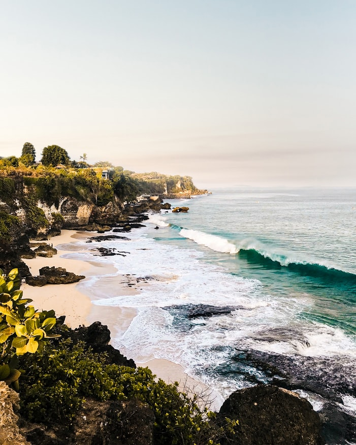 view over the ocean in uluwatu, bali