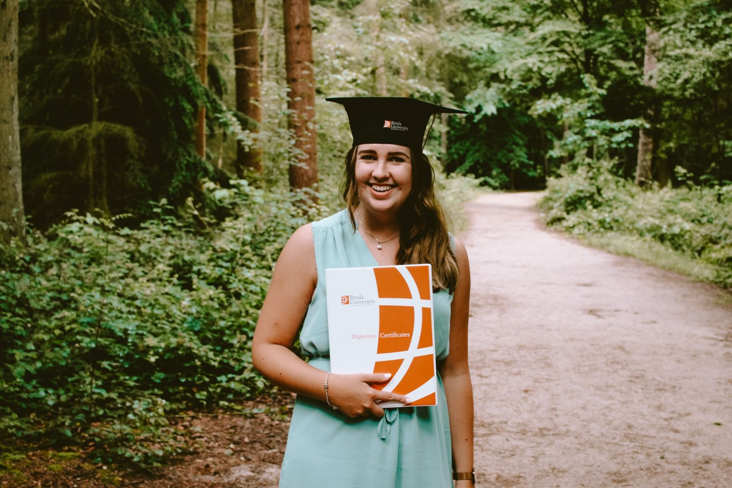 graduation pictures in the forest, university graduation