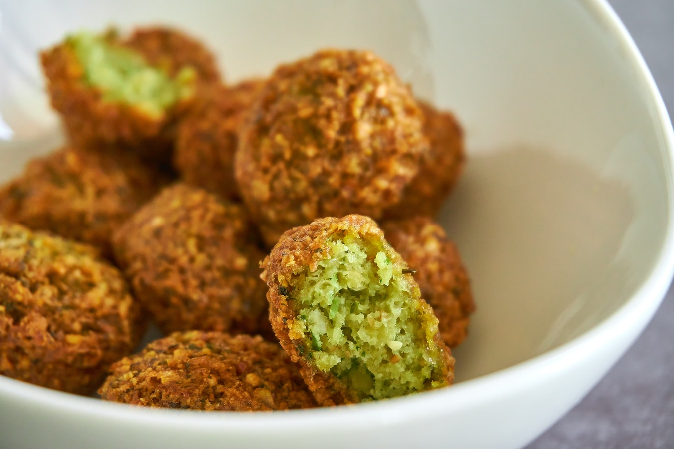 vegan falafel to cook at home, recipe for falafel
