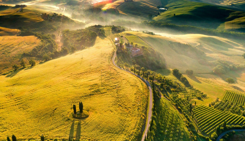 italy travel, countryside in italy, tuscany region in italy